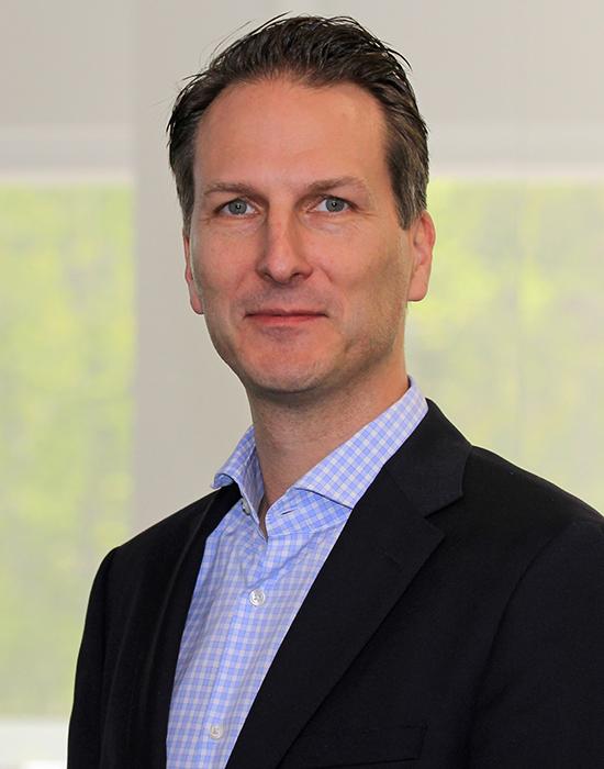 KARSTEN NEWBURY<br>Gerber Technology<br>Chief Strategy & Digital Officer